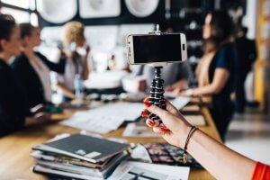 自撮り起業女子